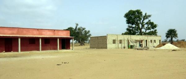 ampliación escuela de secundaria